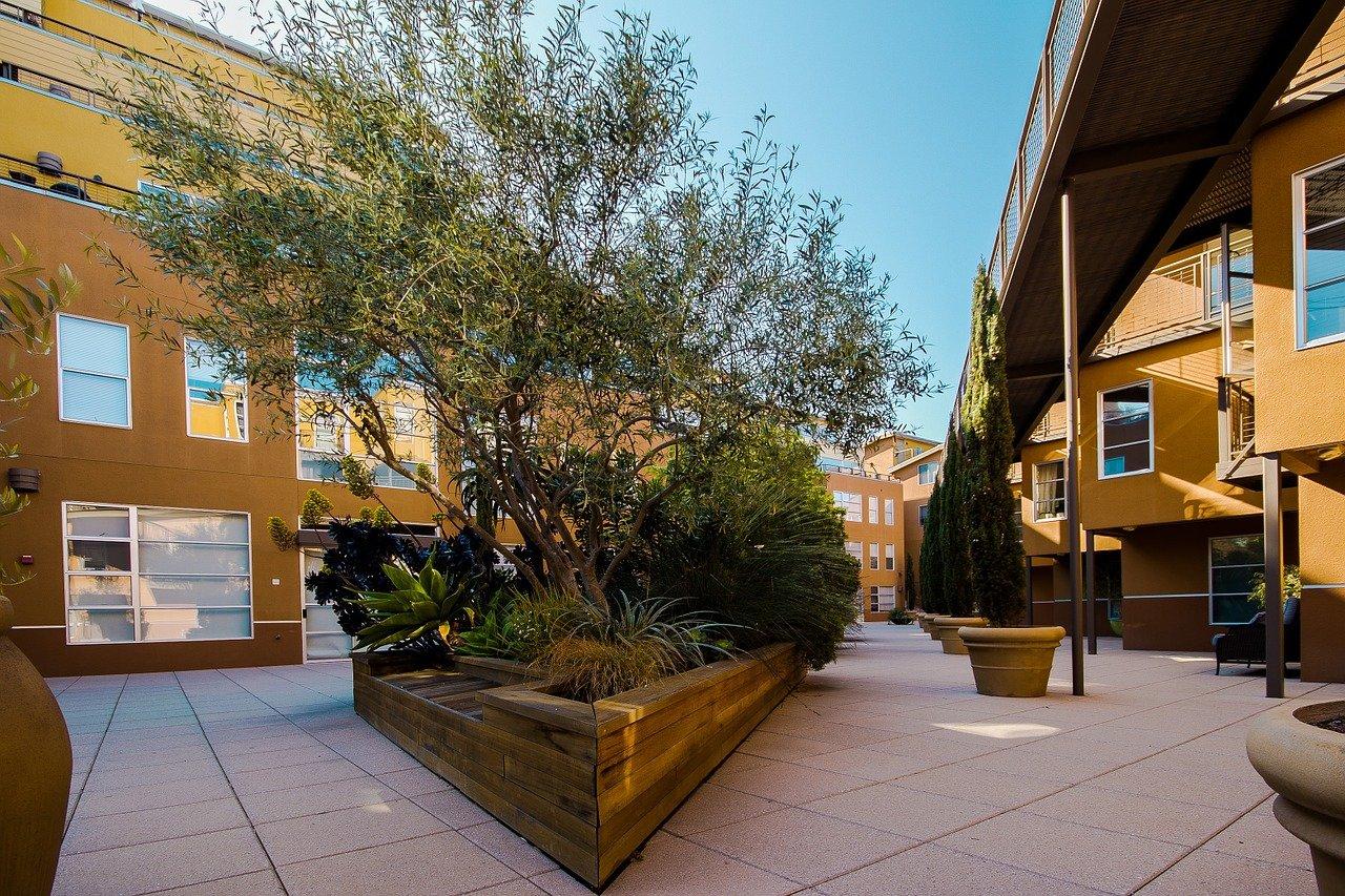 Mitos e verdades sobre condomínios residenciais: vale a pena?